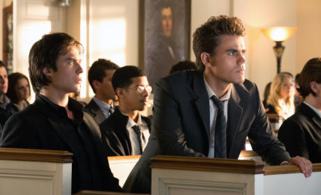 The Vampire Diaries Spoiler Pics: Who Dies?