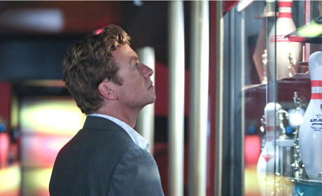 A Bowling Alley - The Mentalist Season 7 Episode 1