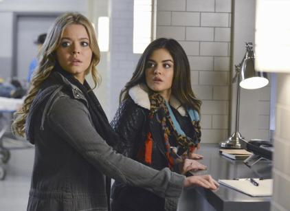 Watch Pretty Little Liars Season 5 Episode 1 Online