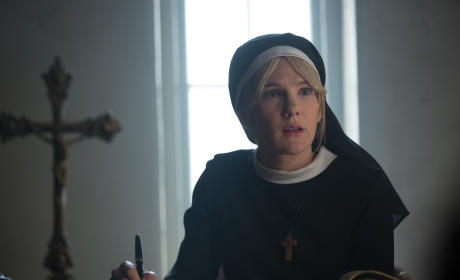 American Horror Story Season 4 Episode 10 Review: Orphans