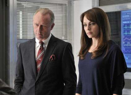 Watch Nikita Season 1 Episode 9 Online