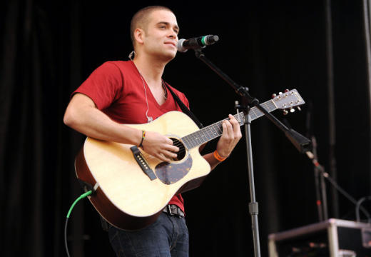 Mark Salling  on Guitar