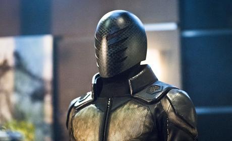 Exoskeleton Man - Arrow Season 4 Episode 17