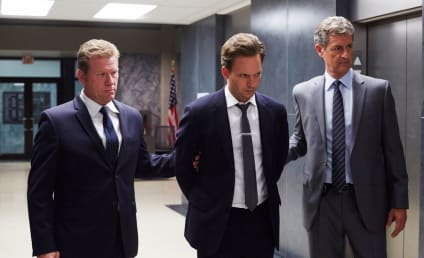 Watch Suits Online: Season 5 Episode 11