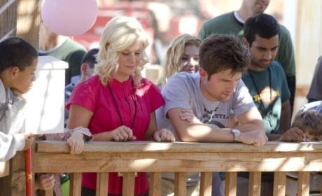 Parks and Recreation Review: Total Awesome Sauce