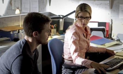 "Arrow Interview: Emily Bett Rickards Speaks on Felicity, ""Special Relationship"" with Oliver"