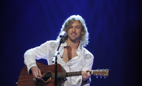 American Idol Review: Casey James is Hot!!!
