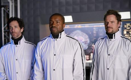 Dark Matter Season 2 Episode 9 Review: Going Out Fighting