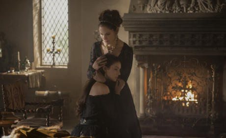 Amy Brenneman on Reign
