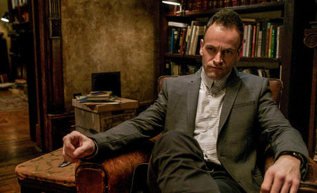 "Elementary Creator Talks Kitty's Exit, ""Dangerous Times"" Ahead"