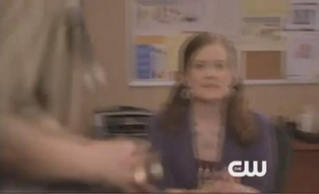 90210 Clip: Bad News for Naomi...