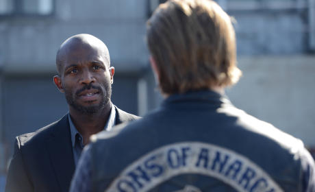 Sons of Anarchy: Watch Season 7 Episode 3 Online