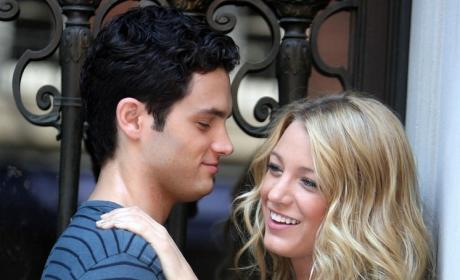 Yet Another Blake Lively-Penn Badgley PDA