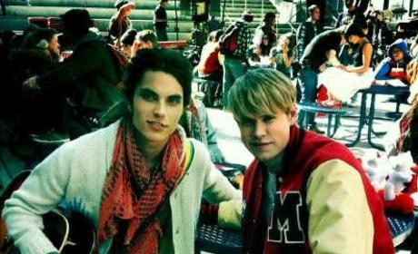 Spotted: Samuel Larsen on Glee Set!
