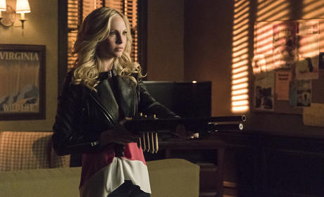 Poised and Ready - The Vampire Diaries Season 6 Episode 17
