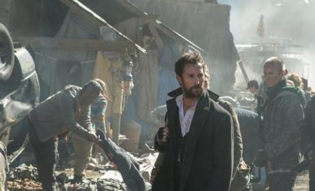 Falling Skies Review: A New Kind of Invasion