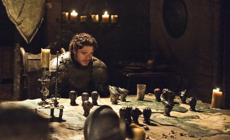 "Game of Thrones Preview: ""A Man Without Honor"""