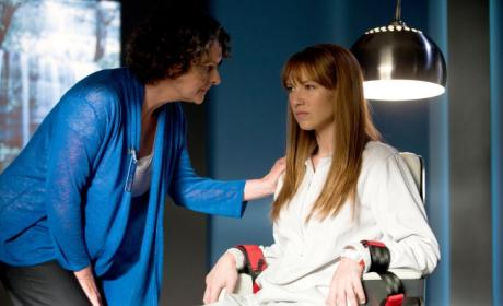 Fringe Spoilers for Season 3: What's Ahead?
