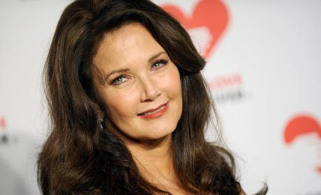 Supergirl Season 2: Lynda Carter is the President of the U.S.!