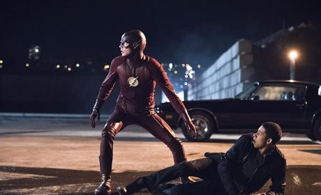 The Flash Season 2 Episode 12 Review: Fast Lane