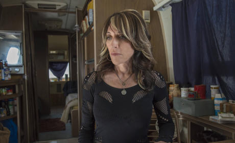 Feeling Guilty, Gemma? - Sons of Anarchy Season 7 Episode 2
