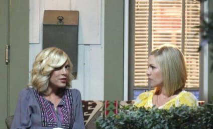 90210 Spoiler Pic: Donna Martin on Set!