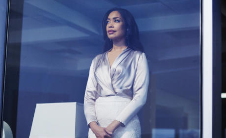 Suits Photo Preview: Esther Returns!