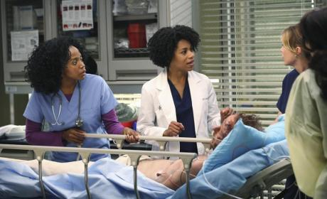 Grey's Anatomy Season 11 Premiere Photos: Sister Act?