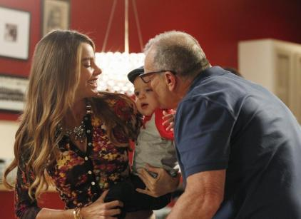 Watch Modern Family Season 5 Episode 3 Online