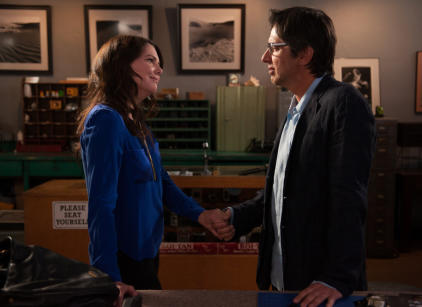 Watch Parenthood Season 5 Episode 22 Online