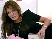 The Real Housewives of Beverly Hills Season 4 Episode 17