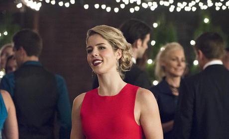 Felicity Navidad - Arrow Season 4 Episode 9