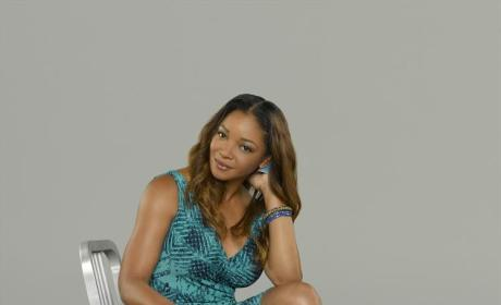 "Tamala Jones Teases Castle Season 7, ""Girl Time"" for Lanie and Beckett"