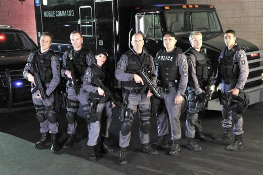 Flashpoint Cast Pic