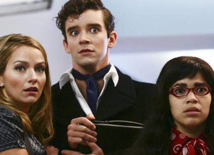 Watch Ugly Betty Season 1 Episode 4 Online