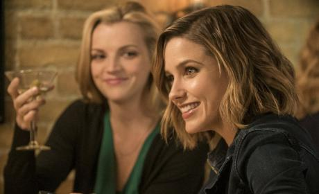 At Molly's - Chicago PD Season 3 Episode 15
