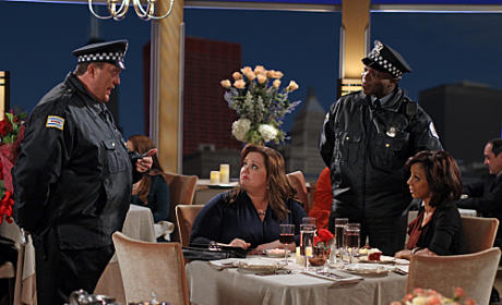 Mike & Molly Review: Bromance and Womance