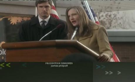"""Smallville Episode Preview: """"Beacon"""""""