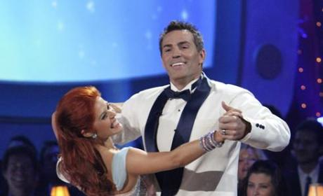 Dancing With the Stars Review: Week Six Performances