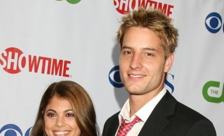 Smallville Casts Lindsay Hartley in Role Opposite Husband