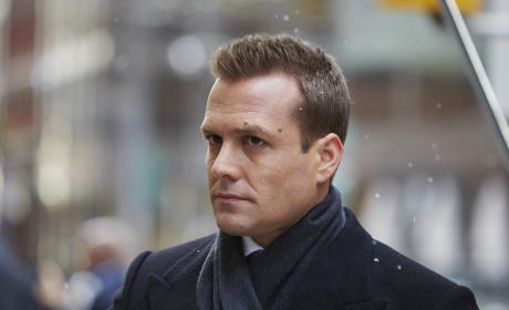 Suits: Watch Season 4 Episode 16 Online