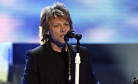 American Idol Pianist Dishes on Bon Jovi Show