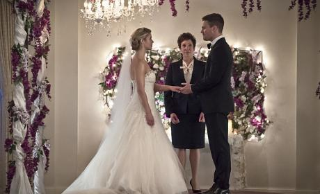 Arrow Photo Preview: Faux Wedding Day Blues