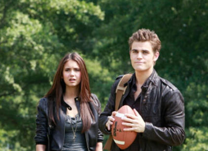Watch The Vampire Diaries Season 1 Episode 3 Online