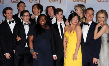 Glee at the Golden Globes: Singing and Spoilers!