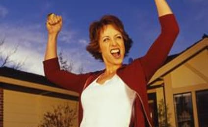 Paige Davis Returns as Host of Trading Spaces