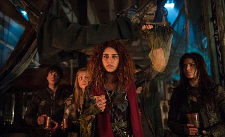 The 100 Season 4: The End of the World & Who Is Returning?