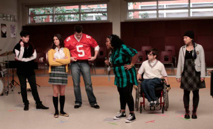 "Glee Recap: ""Showmance"""