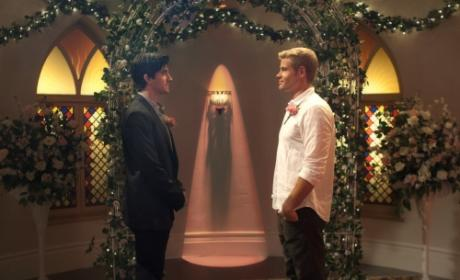 90210 Review: What Happens In Vegas Won't Stay In Vegas