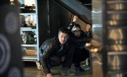 Arrow Picture Preview: Deathstroke Infiltrates the Lair!